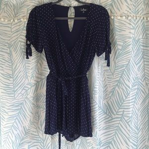 💙EUC Lulu's Navy Polka Dot Romper, Size Medium💙